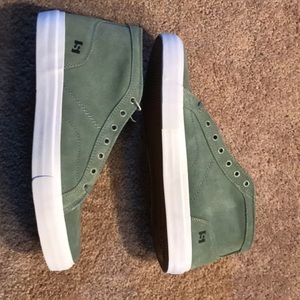 State Footwear Salem Suede Skate Shoes Mint/White